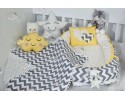 Zigzag Series Yellow Grey Babynest Set v2 Heart Design Ponpons