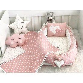Star Series Pink Babynest Set Heart Design Ponpons